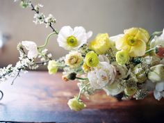 Gorgeous #spring centerpiece | Photography: Kali Lu Photo - www.kaliluphoto.com  Read More: http://www.stylemepretty.com/2014/05/06/organic-wedding-inspiration-diy-floral-feather-hair-pins/