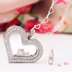 """""""The Classic Beauty-She's romantic, send her a message of {love} with #OrigamiOwl. #ValentinesDay #InstaLove #Gift"""""""