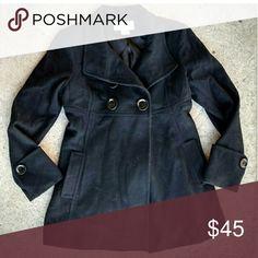 Michael Kirs wool pea coat. Small Like new. Size Small Michael Kors Michael Kors Jackets & Coats Pea Coats