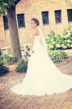 #MNWeddingPhotographer #BrideStyle