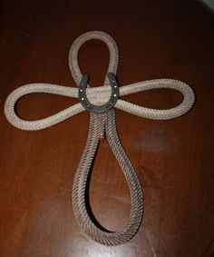 Items similar to Western rope cross on Etsy Horseshoe Crafts, Horseshoe Art, Western Crafts, Western Decor, Western Art, Twine Crafts, Wood Crafts, Rope Cross, Rope Decor