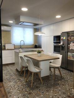 Kitchen Island Table, Modern Kitchen Interiors, Cuisines Design, Kitchen Furniture, Home Interior Design, Home Kitchens, Kitchen Design, Sweet Home, Home Decor