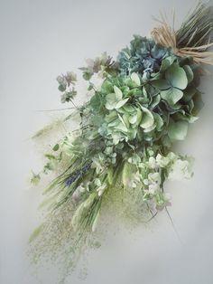 オレガノ ケントビューティーと野辺の花と紫陽花ドライスワッグ