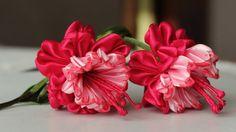 Kurdele işi tespih modellerinde ve birçok süslemede kullanacağınız muhteşem bir çiçek. Kurdele çiçek yapımı teknikleri ayrıntıları videoda.