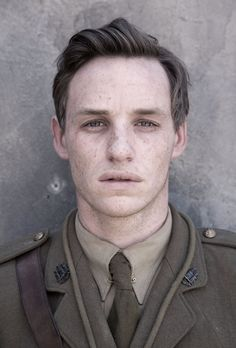 Christopher Raeburn on camouflage Eddie Redmayne, Camouflage, Christopher Raeburn, Ginger Men, Architecture Tattoo, Male Face, Fantastic Beasts, Best Actor, Freckles