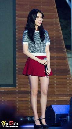 Mature Fashion, Iu Fashion, Korean Fashion, Fashion Outfits, Korean Women, Korean Girl, Asian Woman, Asian Girl, Girls In Mini Skirts