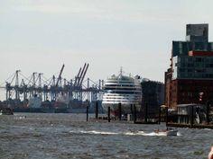 Malreise nach Hamburg | Das Cruise Center Altona mit der AIDA ist ein tolles Motiv (c) Frank Koebsch (c) Frank Koebsch