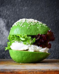 A combination of avocado, goat cheese and sambal. Essentially sandwiched goat cheese in between two avocado halves and stuffed the avocado pit holes with sambal! Fusion Food, Burger Recipes, Vegan Recipes, Cooking Recipes, Cooking Avocado, Delicious Burgers, Mini Foods, Food Trends, Cheap Meals
