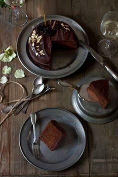 Die perfekte Sachertorte – so gut wie das Original | Foodlovin'- chocolate & apricot