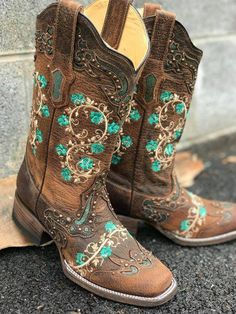 Boots cowgirl wedding country outfits Best ideas Source by country girl outfits Cowgirl Wedding, Wedding Boots, Wedding Country, Wedding Outfits, Mode Country, Country Boots, Country Women, O Cowboy, Cowboy Boots Women