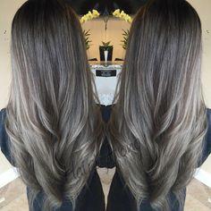 Color melting retouch and tone. #colormelting #colorist #ash #ashblonde #longhair #westseattlestylist #seattlestylist #hairdresser #sofyliasalon #hairbyhong #americansalon #barbershopconnect #stylistshopconnect #behindthechair #modernsalon