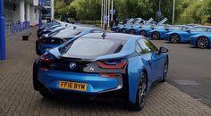 Un BMW i8 de regalo para los jugadores del Leicester - http://www.actualidadmotor.com/un-bmw-i8-de-regalo-para-los-jugadores-del-leicester/