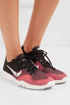 Nike - Free Tr Flyknit Sneakers - Black