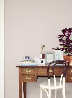 Blush Pink Home Office | Mood board Tutorial | Learn how to make sure that your choice of paint, furniture and fabrics will go hand in hand. Ideas for Choosing Home Paint Color