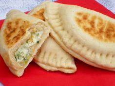 Ricetta delle mezzelune con ricotta e zucchine, fagottini ripieni senza lievitazione cotti in padella, ottimi come fingerfood o per una cena veloce