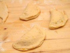 Lekváros derelye | Varga Gábor (ApróSéf) receptjeCookpad receptek Camembert Cheese, Ale, Bread, Recipes, Food, Ale Beer, Brot, Recipies, Essen