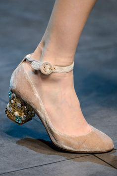 Dolce & Gabbana Fall/Winter 2013/14