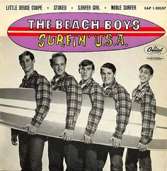 The specific classification of the Beach Boys is something of an ongoing debate in retro-pop circles. They started with surf and hot-rod tunes that slot in nicely alongside the surf rock genre yet… Surf Music, 60s Music, Brian Wilson, The Beach Boys, Woodstock, Rock And Roll, Flower Power, Images Murales, Pochette Album