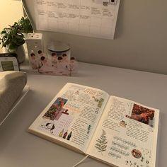 Bullet Journal Books, Bullet Journal Spread, Bullet Journal Ideas Pages, Bullet Journal Inspiration, Journal Pages, Journals, Bujo, Organization Bullet Journal, Study Journal