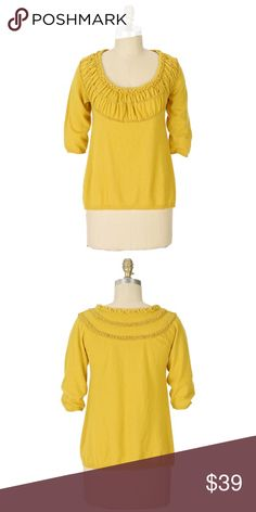 """Anthropologie Guinevere A New Wrinkle Pullover $78 🦄 Size medium. Guinevere from Anthropologie. Originally $78. """"A comfy sweater gets a charming update with a puckered, ruched, scooped neckline."""" 🦄 Anthropologie Sweaters Crew & Scoop Necks"""