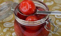 Inkokta plommon | Receptfavoriter Chutney, Nom Nom, Juice, Cherry, Food And Drink, Baking, Fruit, Vegetables, Prom Dresses