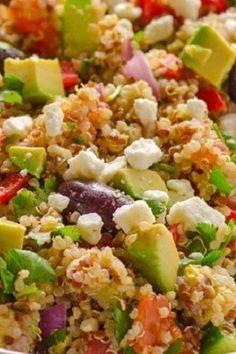 Ensalada de quinoa mediterránea. | 25 Recetas de divinas ensaladas que vas a querer hacer durante todo el año Ketogenic Recipes, Diet Recipes, Healthy Recipes, Veggie Recipes, Salad Recipes, Food Now, Salty Foods, Drinks Alcohol Recipes, Greens Recipe