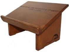 ROBERT MOUSEMAN THOMPSON VINTAGE OAK LECTERN BOOK STAND - Ingnet