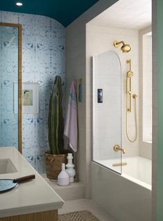 Enjoy complete customization at your fingertips with the Kohler DTV Prompt Digital showering System. Eliminate handles and knobs and choose the components you want for a perfect shower experience. From rain heads to body sprays to hand shower with safe temperature control and one touch operation.