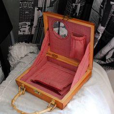 Handmade Clutch, Box Bag, Kids Bedroom, Suitcase, Packaging, Handbags, Purses, Wood, Briefcases