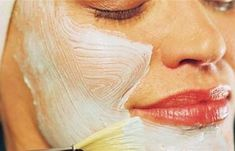 How to Get Great Looking Skin. Stress, diet, lifestyle, and more that has not been discovered all contribute to the condition and overall look of your skin. With many available products that claim to maintain healthy-looking skin, the. Aloe Vera Skin Care, Face Tips, Best Beauty Tips, Diy Beauty, Face Skin Care, Even Skin Tone, Younger Looking Skin, Facial Care, Beauty Routines