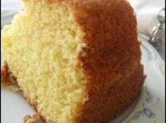Receita de Bolo Gostoso - 2 colheres (sopa) de manteiga, 2 xícaras (chá) de açúcar, 3 xícaras(chá) de farinha de trigo, 2 ovos, 1 xícara (chá) de leite, 3 co...