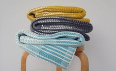 Blanket-Scarf-Wave-Piccalilli