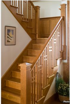 Beau Lovely Craftsman Type Banister And Stairs