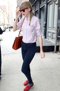 b54dc7a02acad Taylor Swift Mini Skirt - Taylor Swift Looks - StyleBistro Taylor Swift  Skinny