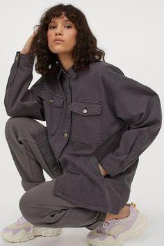Faux Shearling Coat, Faux Fur Jacket, Shirt Jacket, Hooded Jacket, Fix Clothing, Stylish Coat, H&m Shorts, Oversized Jacket, Teen Fashion Outfits