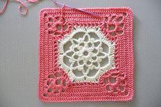 Victorian dream square. Free crochet pattern on ravelry.* ༺✿ƬⱤღ http://www.pinterest.com/teretegui/✿༻