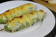 Doar așa pieptul de pui va ieși moale și suculent! Vă asigur că această rețetă va întrece toate așteptările. - Bucatarul Quiche, Food And Drink, Breakfast, Recipes, Morning Coffee, Recipies, Ripped Recipes, Quiches, Recipe