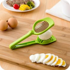 Kitchen Accessories Hand Holder Egg Slicer Section Cutter Mushroom Tomato Cutter Multifunction Cooking Tools Cozinha Gadgets
