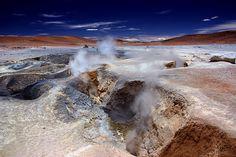 Sol de Mañana wurde in Bolivien, Sol de la Mañana aufgenommen und hat folgende Stichwörter: Bolivien,  Altiplano,  Fumarolen.
