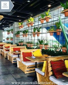 This is a commercial design because it is a restaurant. Deco Restaurant, Restaurant Lounge, Restaurant Concept, Outdoor Restaurant, Restaurant Furniture, Pub Design, Coffee Shop Design, Rustic Design, Vertikal Garden