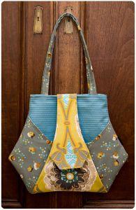 Purse Palooza :: Pattern Review: Charlie's Aunt Kitchen Garden Bag | Sew Sweetness
