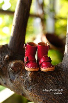 2.5cm紅色長筒靴