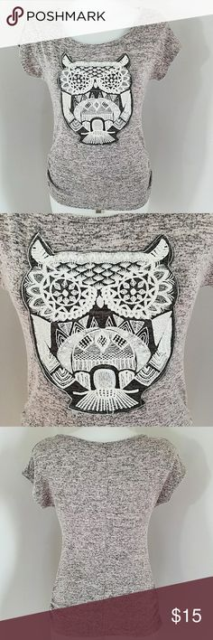 "Free Kisses Owl T-shirt Free Kisses Owl T-shirt. In great condition. Size medium.  Bust 34"" Length 25"" The material is stretchy  Listing may end at anytime. Free Kisses Tops"