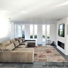MYinterieur.nl (@myinterieur.nl) • Instagram-foto's en -video's Videos, Couch, Contemporary, Instagram, Furniture, Home Decor, Style, Pictures, Swag