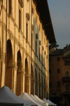 The sun going down on Logge Vasari, #Arezzo