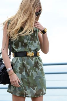 Camo dress. Girl Street Style. Women's fashion