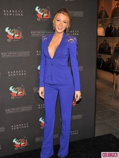 Blake Lively from Gossip Girl Mode Blake Lively, Blake Lively Style, Gossip Girls, Costumes Bleus, Birthday Fashion, Evolution Of Fashion, Models, Red Carpet Fashion, Suits For Women