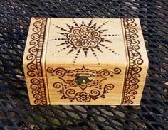 "Items similar to inch henna mehndi mehendi jewelry box with Indian design on ""x Zoll Henna Mehndi Mehendi Schmuckschatulle mit indischem Design Wood Burning Crafts, Wood Burning Patterns, Wood Burning Art, Wood Crafts, Diy And Crafts, Arts And Crafts, Pyrography Designs, Pyrography Patterns, Wood Boxes"