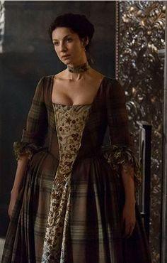 Starz Outlander Claire costume