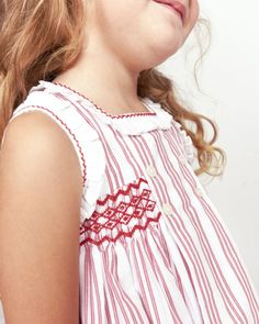 67 ideas sewing dress summer little girls Sewing Patterns For Kids, Clothing Patterns, Little Girl Outfits, Kids Outfits, Punto Smok, Smocked Baby Clothes, Smock Dress, Dress Sewing, Smoking